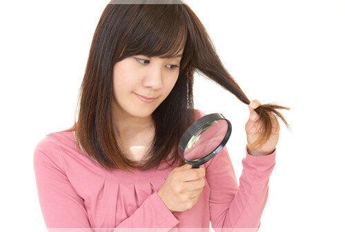 女性の抜け毛の原因