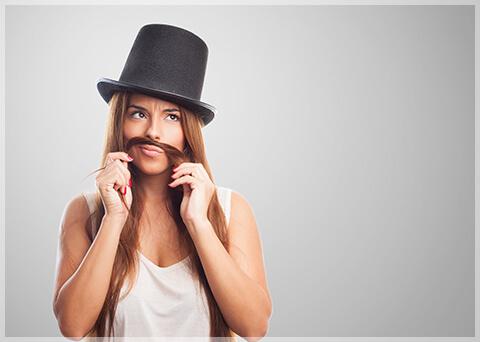 女性が男性化している?薄毛に悩む女性が急増中!