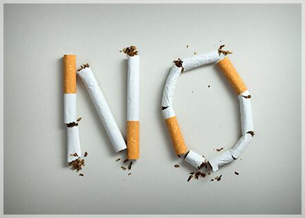 喫煙も薄毛の原因の1つです。喫煙による薄毛への影響についてご紹介します。