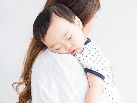 【医師監修】出産・産後に起こる抜け毛の原因と対策