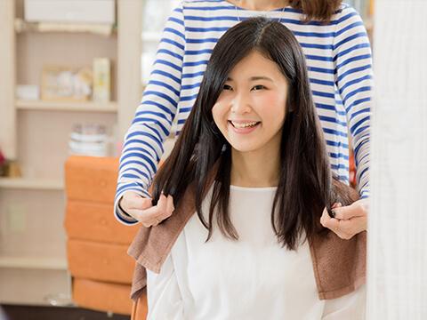 【医師監修】女性の薄毛対策に人気の増毛エクステとは